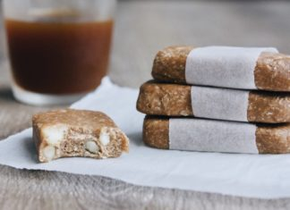 Coffee and Macadamia Protein Bars