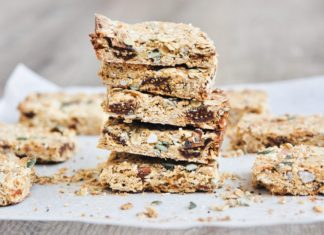 Fig and Orange Muesli Bars