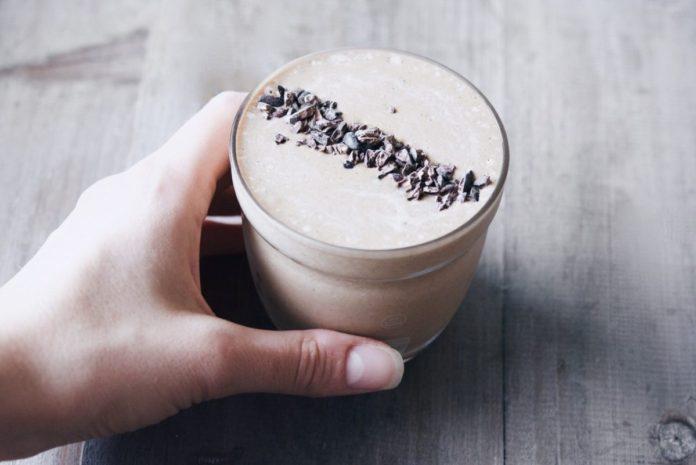 Healthier Chocolate Thickshake