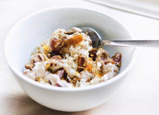 Sticky Date Porridge
