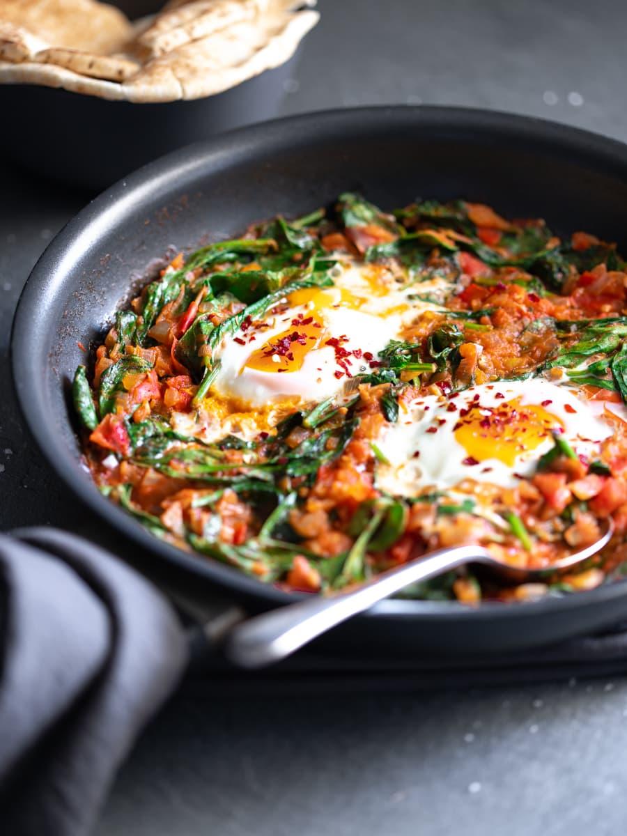 Shakshuka with Fresh Tomato and Spinach